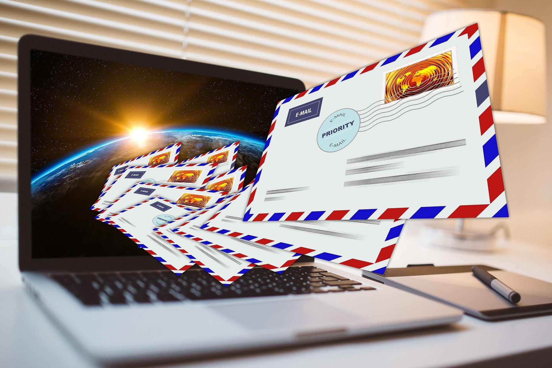 ¿Qué son los envíos comerciales?