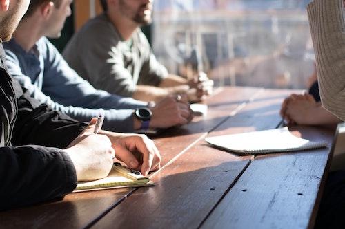 Aspectos básicos para organizar reuniones eficaces