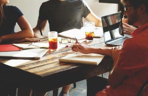 3- Aunque teletrabajéisno podéis dejar de tomar decisiones: Gestor de Comités